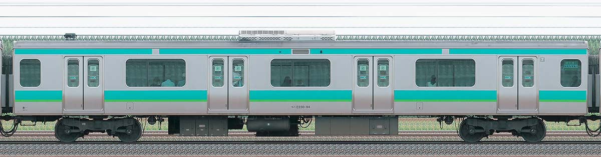 JR東日本E231系モハE230-94山側の側面写真
