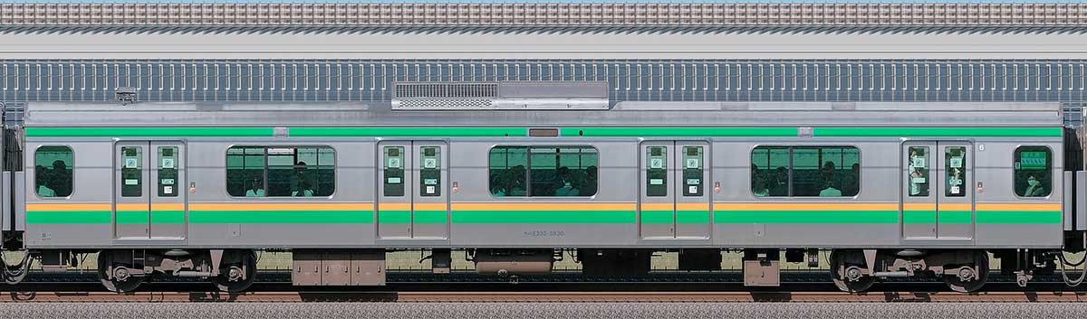JR東日本E233系3000番台モハE232-3830山側の側面写真