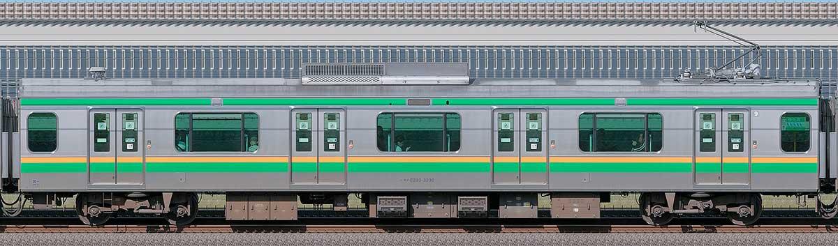 JR東日本E233系3000番台モハE233-3230山側の側面写真
