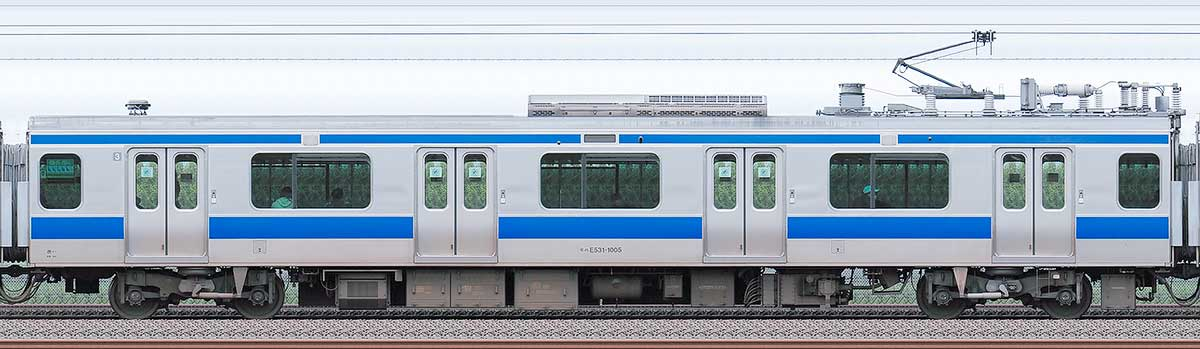 JR東日本E531系モハE531-1005海側の側面写真
