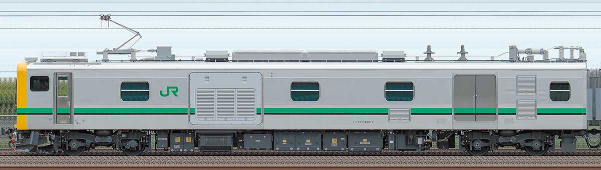 JR東日本E493系クモヤE492-1海側の側面写真
