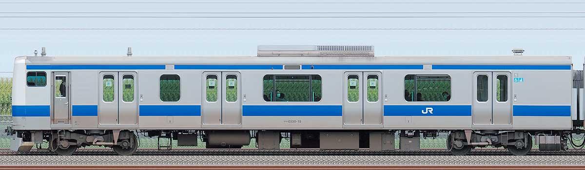 JR東日本E531系クハE530-15海側の側面写真