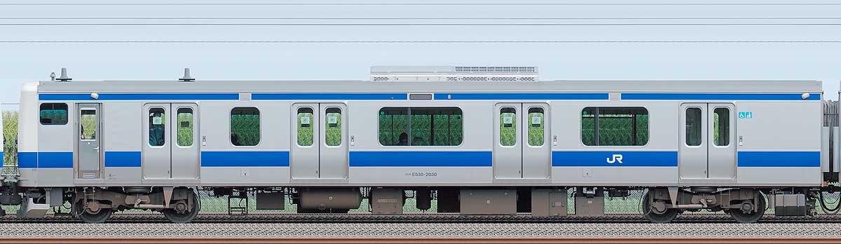 JR東日本E531系クハE530-2030海側の側面写真