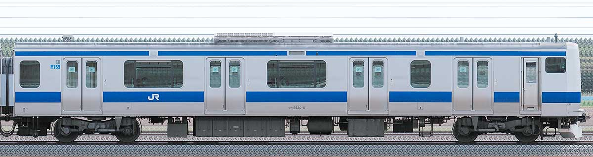 JR東日本E531系クハE530-5山側の側面写真
