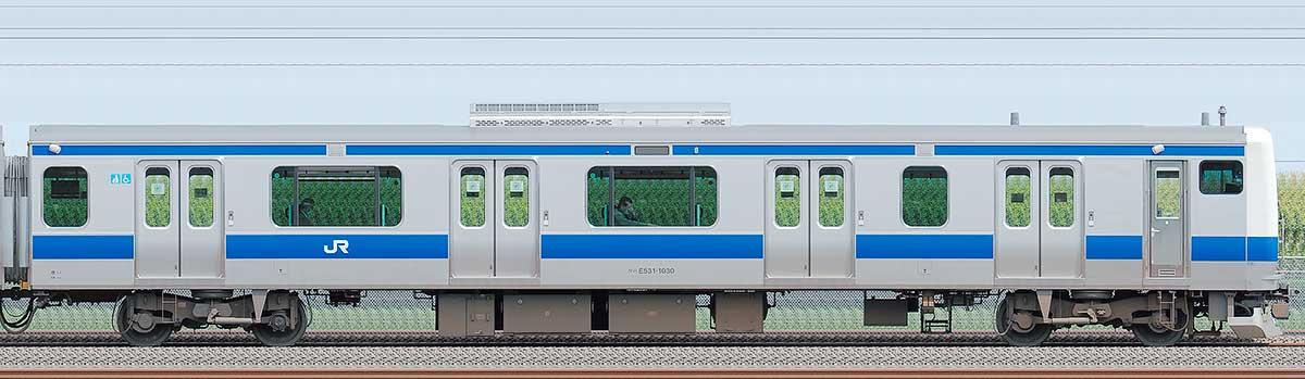 JR東日本E531系クハE531-1030海側の側面写真
