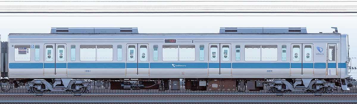 小田急1000形クハ1051海側の側面写真