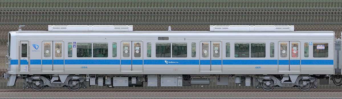 小田急1000形クハ1094(リニューアル車)山側の側面写真
