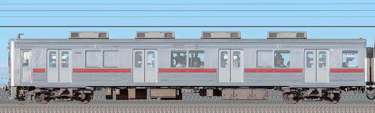東武10000型クハ11802(リニューアル車)海側の側面写真