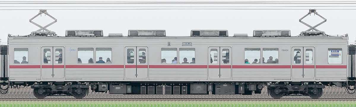 東武10030型モハ15031山側の側面写真
