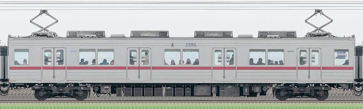 東武10030型モハ18031山側の側面写真