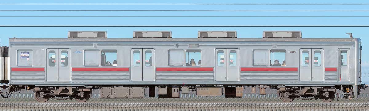 東武10000型クハ18802(リニューアル車)海側の側面写真