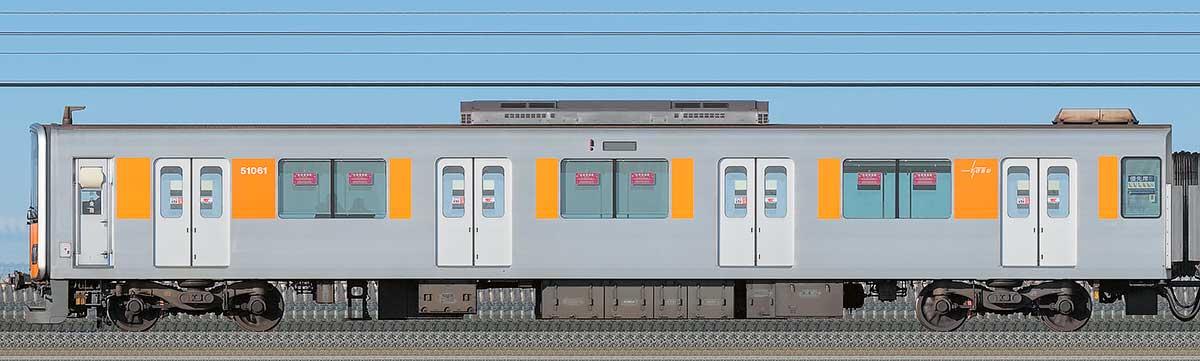 東武50050型クハ51061海側の側面写真