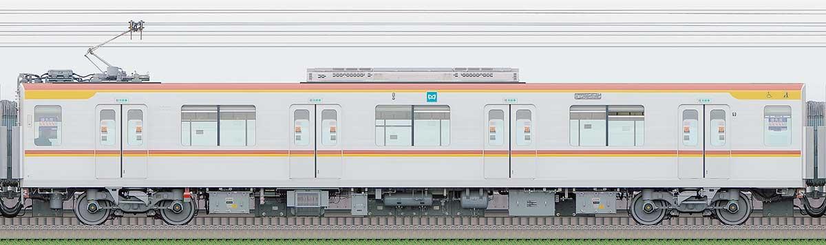 東京メトロ17000系172032側の側面写真