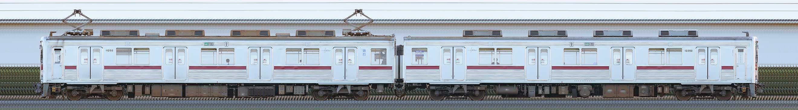 東武10000型11202編成(海側)の編成サイドビュー