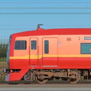 JR東日本 253系1000番台OM-N01編成(山側)