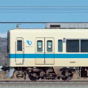 小田急8000形8061×4+8261×6(山側)
