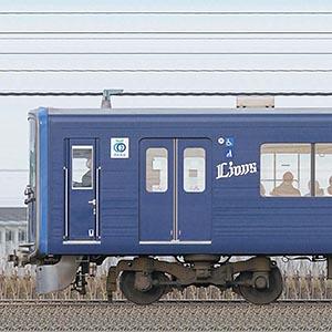 西武20000系20105編成三代目「L-train」(2位側)