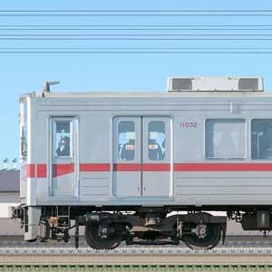 東武10030型(リニューアル車)11032編成(海側)
