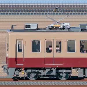 東武6050型6179編成「6000系リバイバルカラー」(海側)