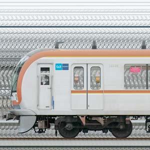 東京メトロ10000系10105編成(和光検車区第45編成/1側)