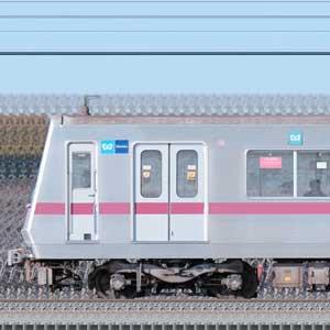 東京メトロ8000系8105編成(鷺沼検車区第05編成/海側)